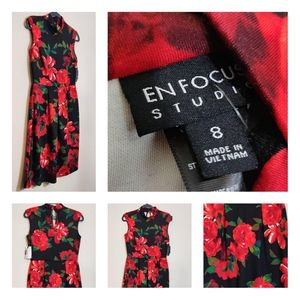 En Focus Studio Floral Holiday Dress